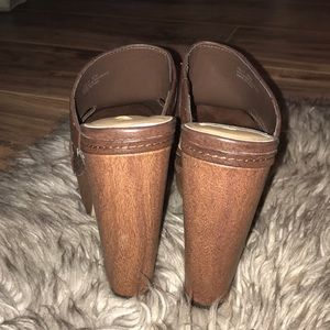 Dollhouse Shoes - Brown chunky heal wedges